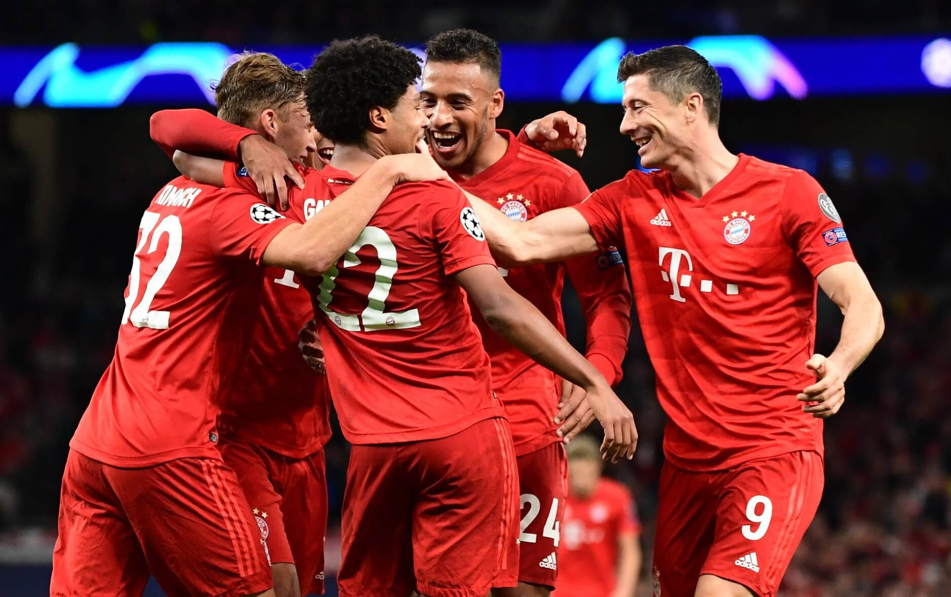 Bayern vs Tottenham- Lewy lider