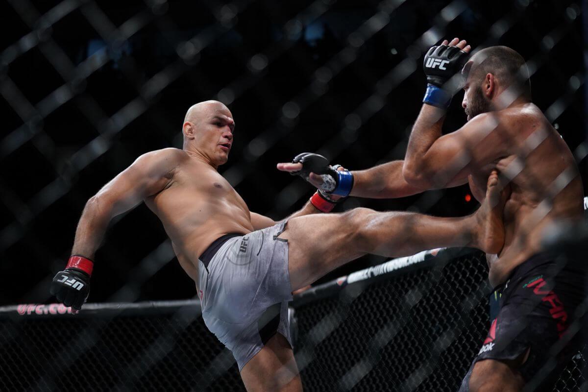 Junior Dos Santos z walki z Ivanovm