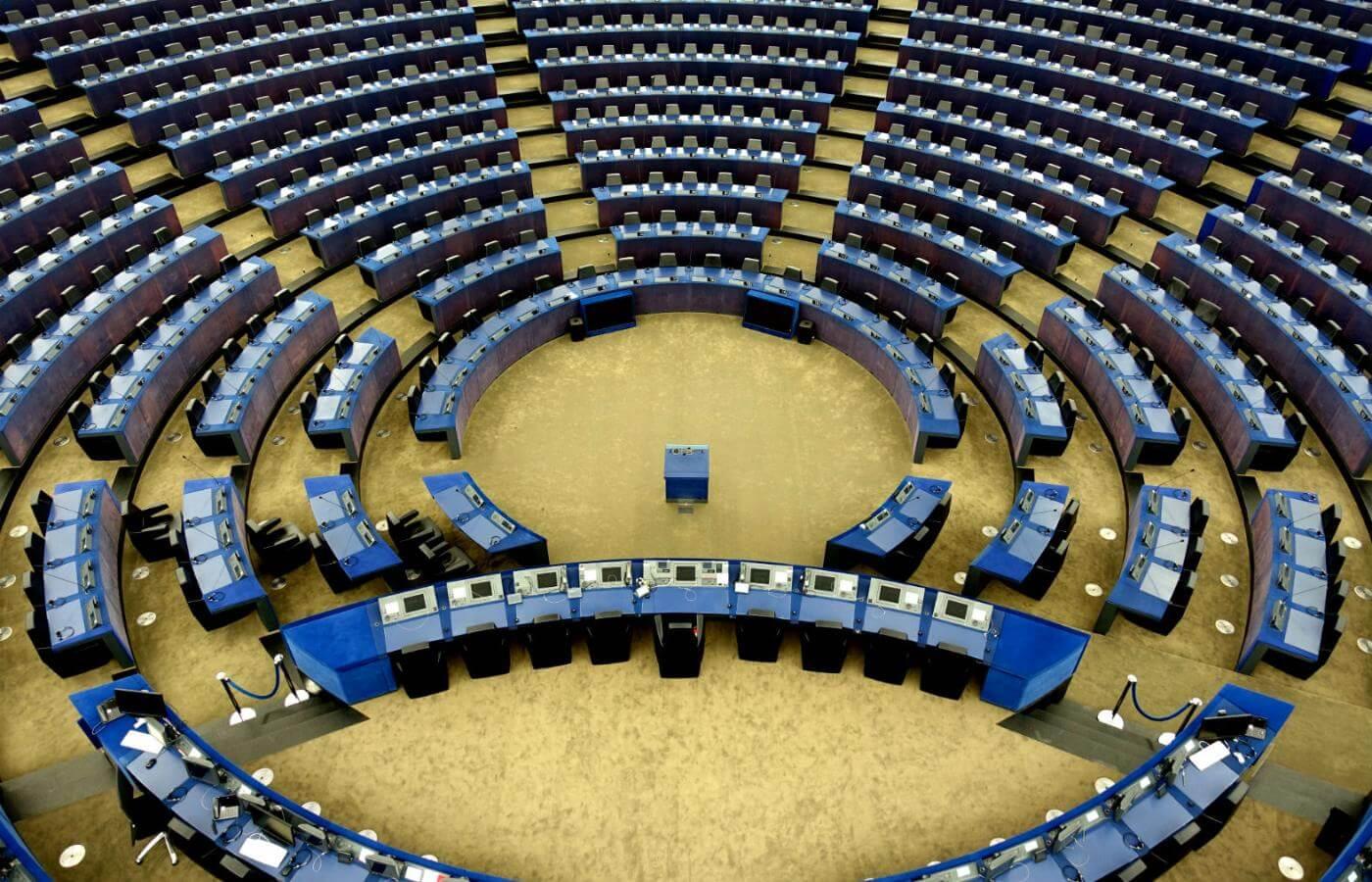 okładka do tekstu o zakładach bukmacherskich na wybory parlamentarne w 2019 roku