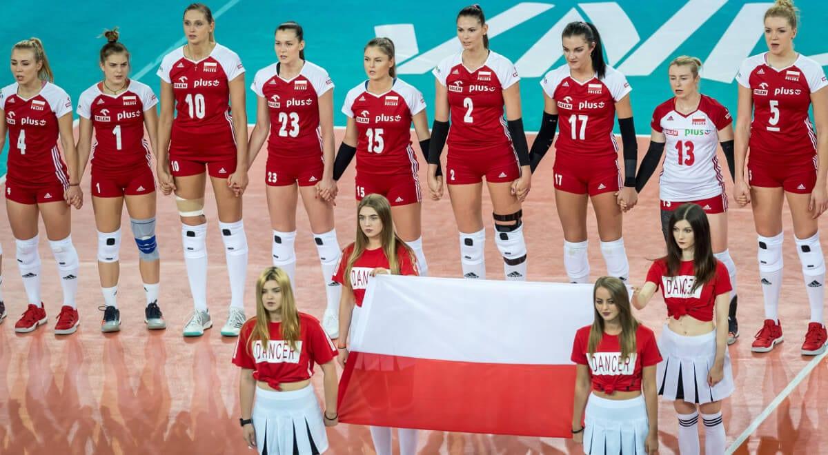 polskie siatkarki na mecz z serbią