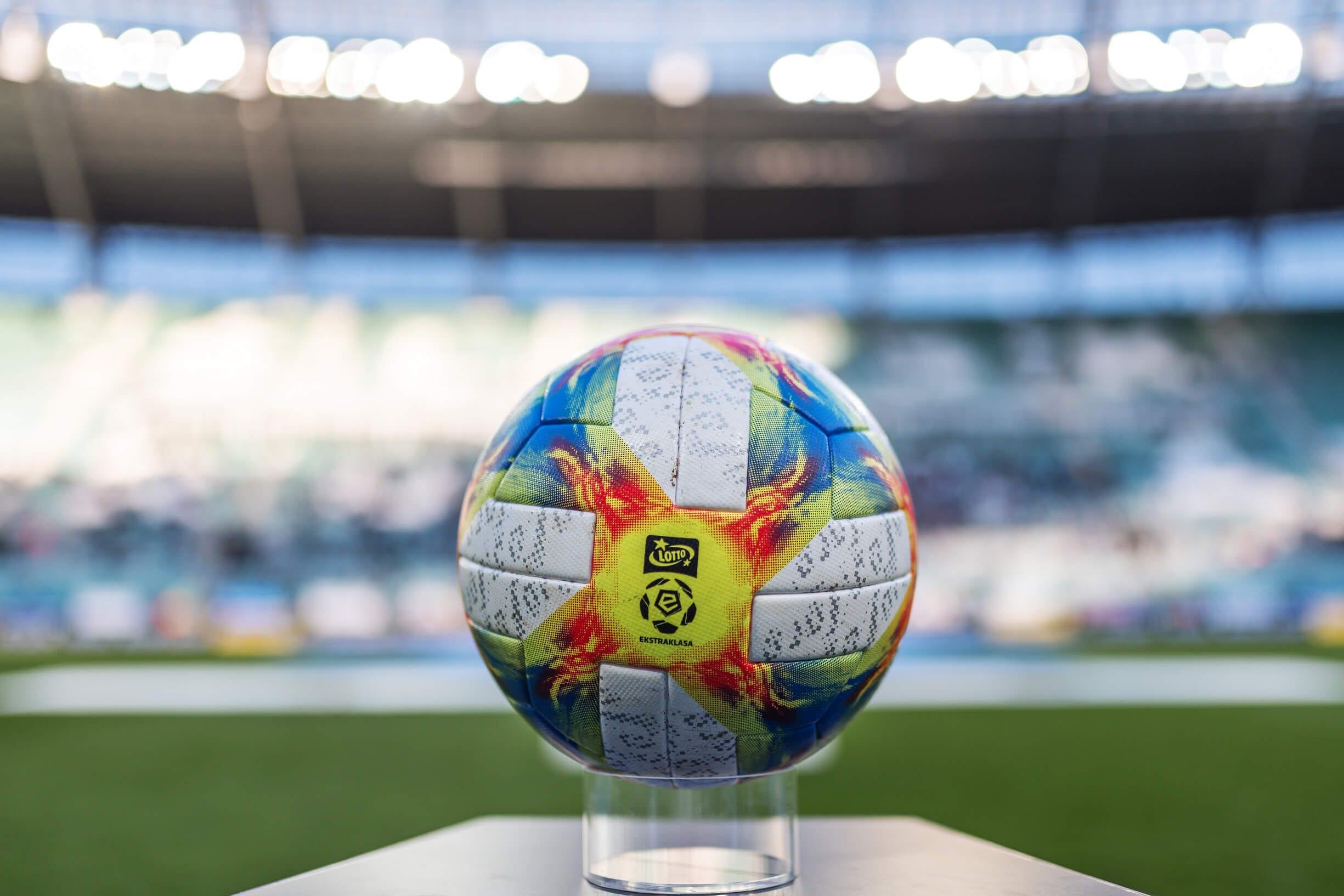 Ekstraklasa - piłka meczowa