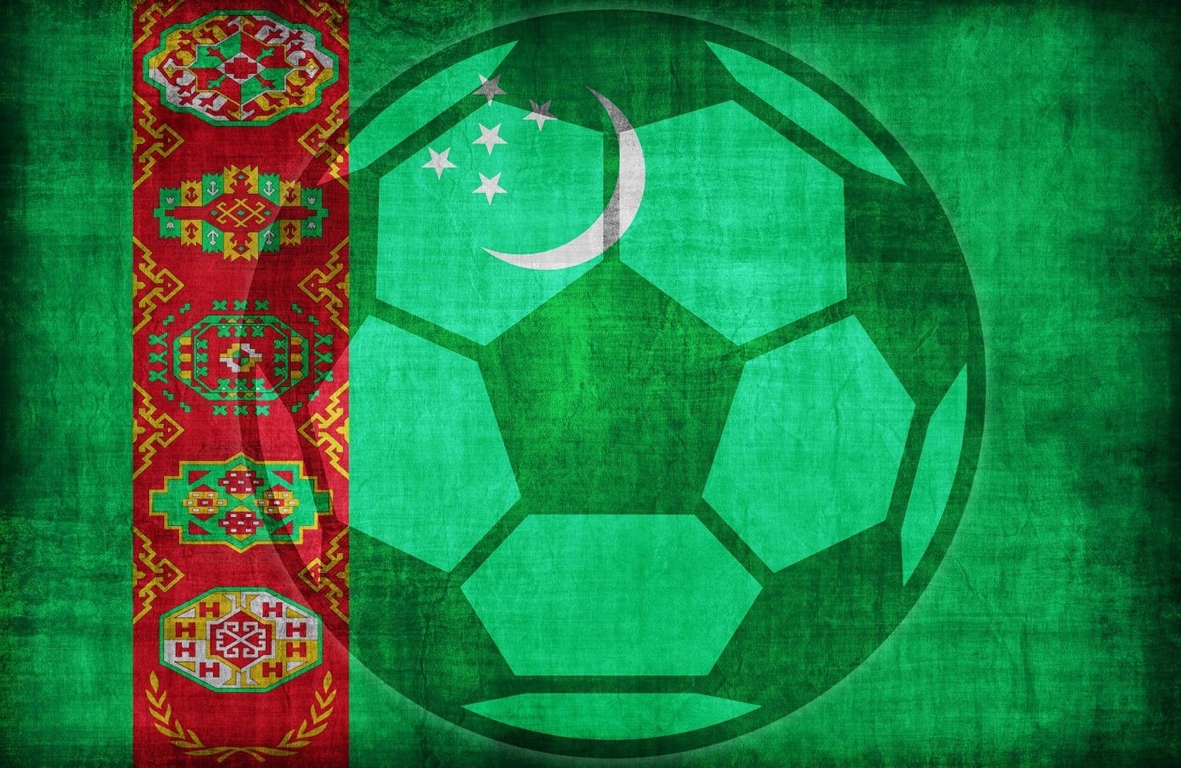 Piłka na tle flagi Turkmenistan