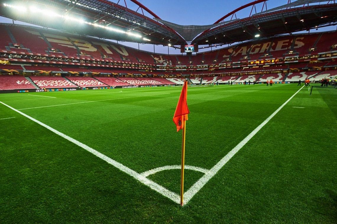 Lizbona rzut rożny z flagą