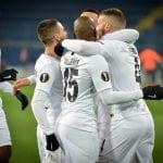 Piłkarze Eintrachtu Frankfurt, którzy się cieszą