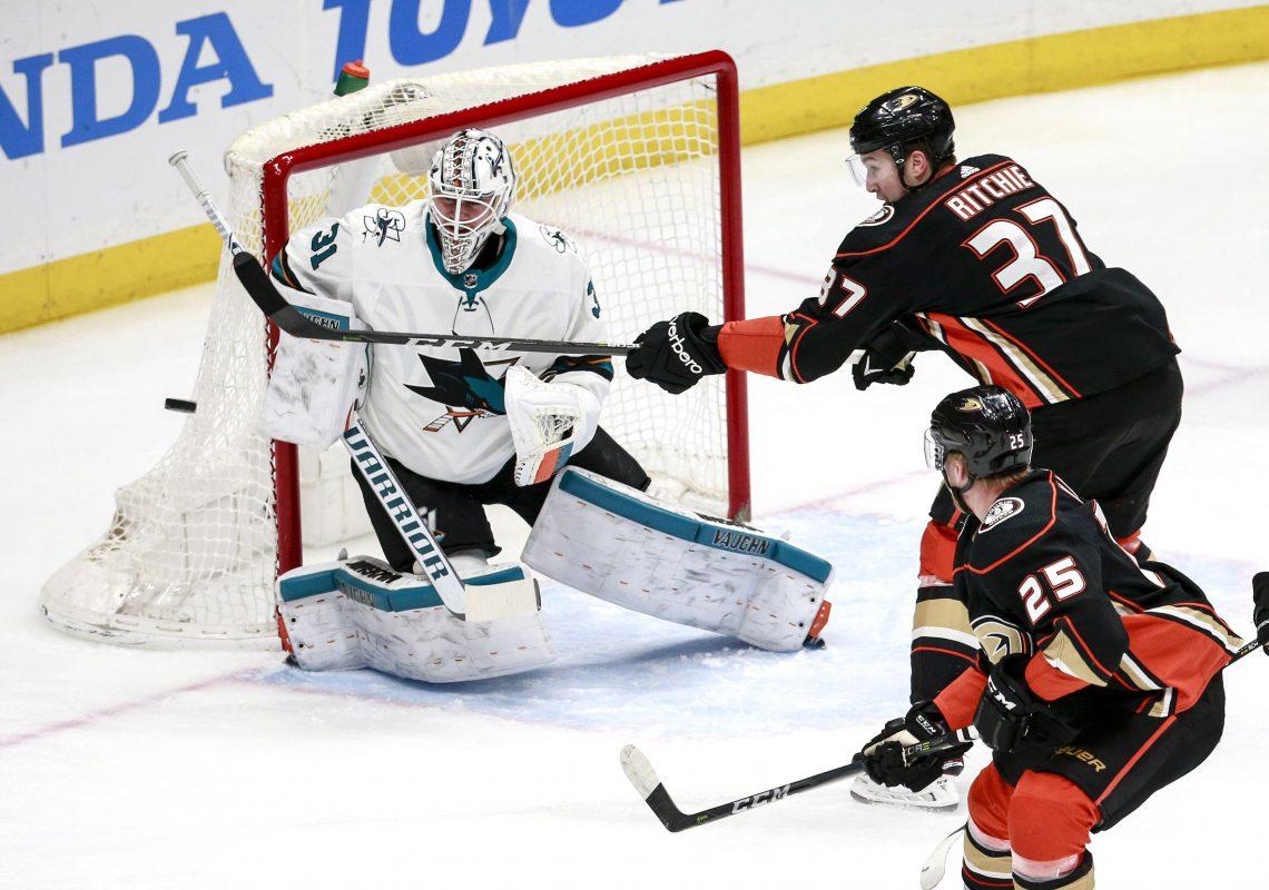 NHL 03.04 hokeiści