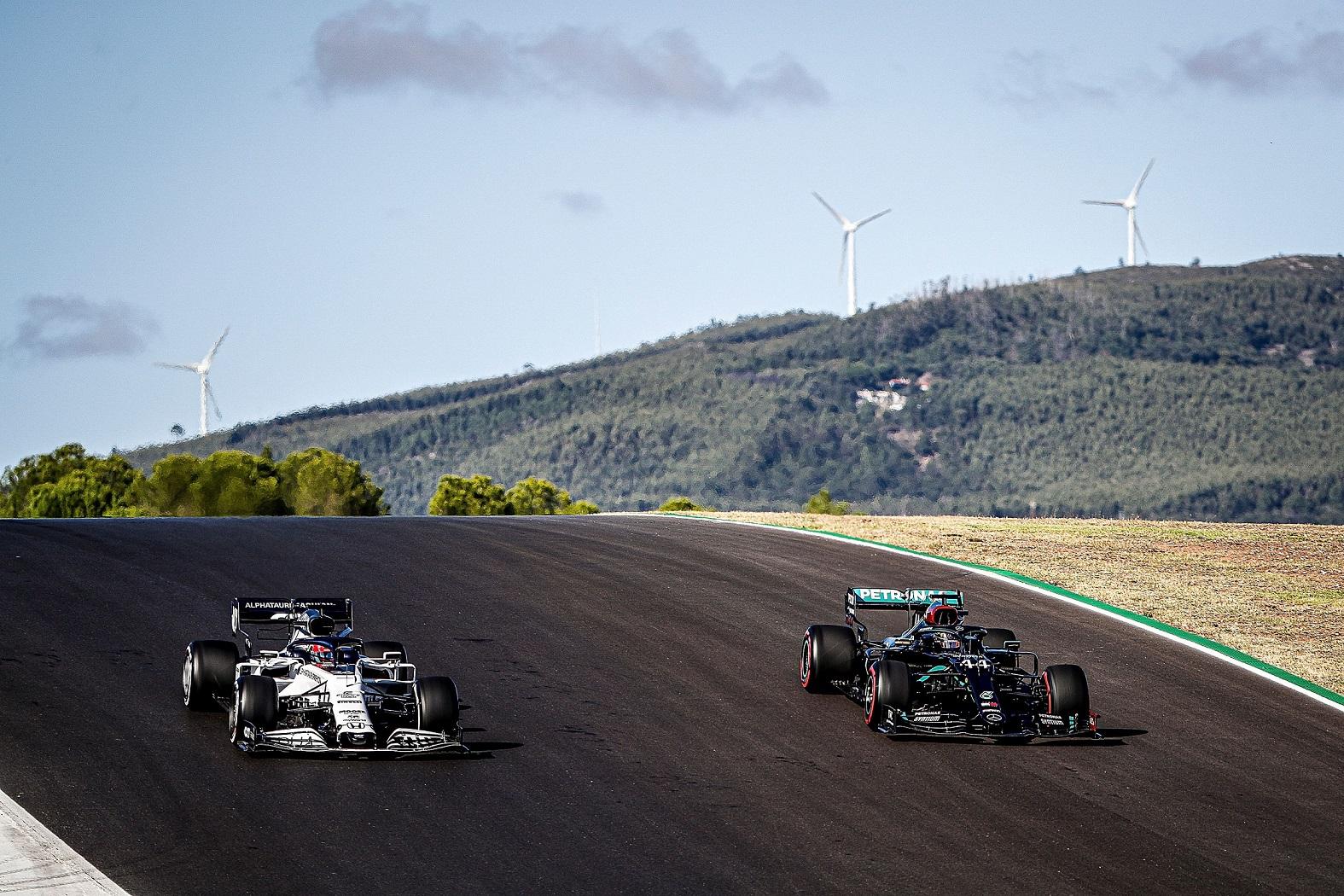 Mercedes vs Alpha Tauri