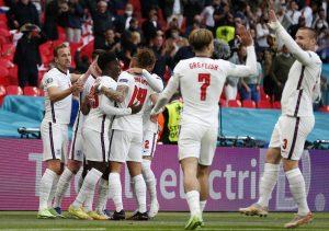 Anglia Czechy piłka nożna