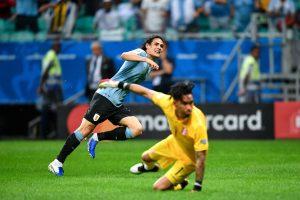 Edinson Cavani po strzeleniu gola - kupon Copa America 21.06