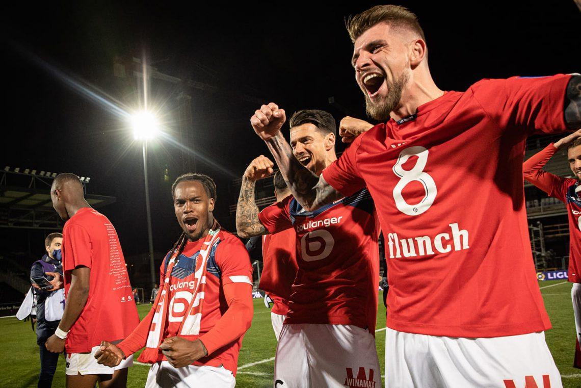 Świętujący piłkarze Lille OSC